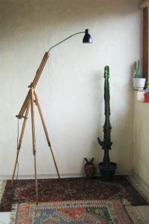 Lampe trépied Bois et metal