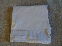 Ancien drap coton ajouré