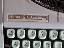 ancienne machine a ecrire hermes baby