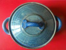 Jolie poterie en grès émaillé décoré