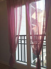 Paire de rideaux voilage rose fuchsia et rouge en tbe