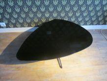 Table basse noire laquée