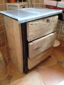 Meuble bas customisé avec bois de récup' et zinc