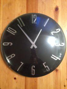 Horloge style 70's
