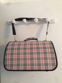 sac de transport pour chat style Burberry