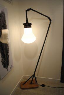 Lampadaire ampoule opaline industriel vintage