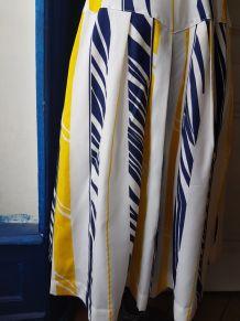 Robe midi vintage blanche à motifs jaunes et bleus