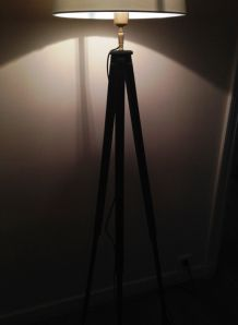 lampadaire créé s/1 ancien trépied photo en bois