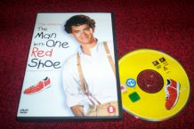 DVD THE MAN WITH ONE RED SHOE avec tom hanks