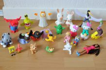 Lot de 26 figurines diverses: Garfield, Angry Bird, Bob l'éponge, Hello Kitty...