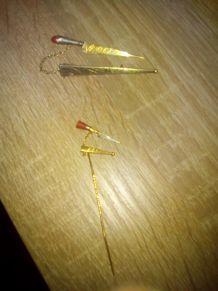 Broche couteaux vendetta en or 22k jaune