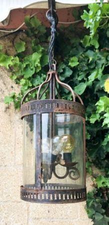 Très belle lanterne électrifiée