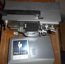 Projecteur PATHE - 8 mm - type PA8
