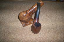 pipe fumeur + porte pipe en bois