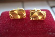 Boutons de manchette année 1960 plaqué or , taille Diamant