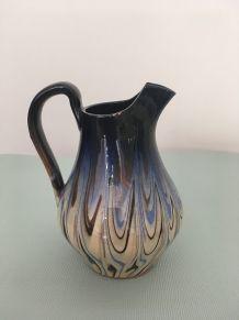 Pichet en céramique vintage