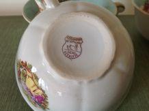 Tasses anciennes porcelaine Ceranord St Amand