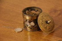 Boîte à encens style orientale