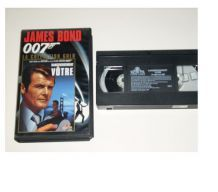 CASSETTE VHS JAMES BOND dangeureusement vôtre