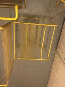 """3 chaises Flyline """"Spaghetti"""" années 70"""