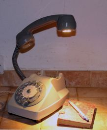 Gaston, téléphone /lampe Led Socotel- France 1970