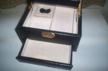 coffret bijoux marque EVASION