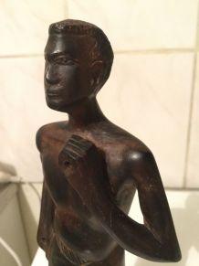 Statuette bois d'ébène de Madagascar