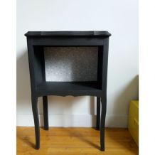 Table de chevet ou petit meuble d'appoint