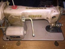 Machine à coudre meuble vintage Singer