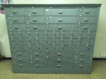 Superbe meuble de métier à tiroirs 1910/1920