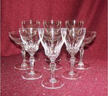 Suite de 9 verres en cristal Val St Lambert