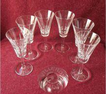 Suite de 6 verres à vin en cristal V&B