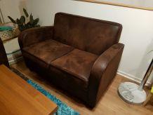 ensemble canapé, fauteuil, poufs