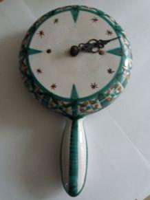 poelon horloge vintage Vallauris