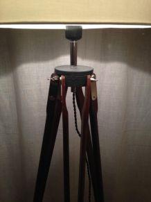 superbe lampadaire s/ancien trépied photo bois