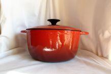 Cocotte rouge en fonte