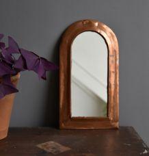 Miroir en cuivre vintage