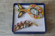 3 jolies Broches anciennes