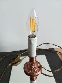 Lampe en laiton bombé en cuivre