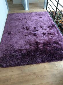 Très beau tapis violet