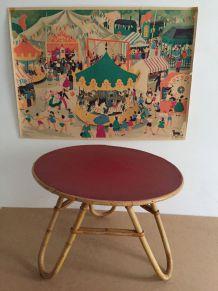 Petite table vintage en rotin