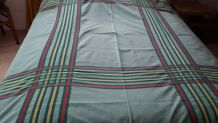 Nappe vintage avec serviettes