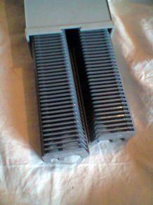 Paniers diapos dans boîte de rangement