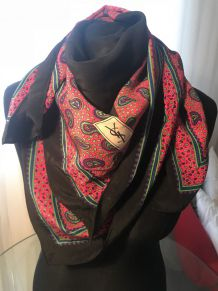 Foulard Yves Saint Laurent