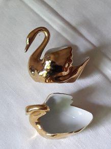 Salière et poivrière cygne en porcelaine de Limoges