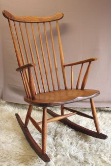 Rocking-Chair ancien style « Scandinave »
