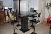 Table Haute Ferronnerie d'Art + 6 tabourets