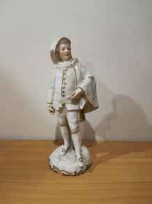 Paire de figurines en porcelaine c. 1790