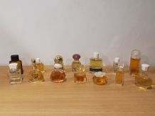 Collection 15 bouteilles parfums miniatures