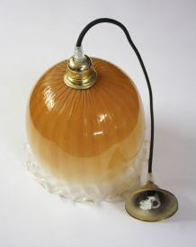 Suspension opaline orange «méduse»